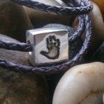 handprint bead fits pandora square